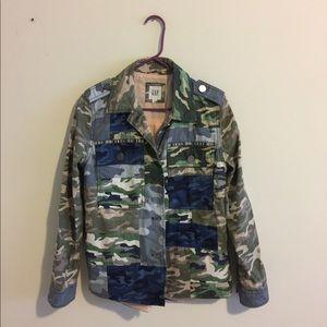 New Gap Patch Camo Print Utility Jacket